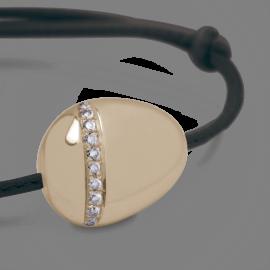 Bracelet galet xtra large diamants blancs en or jaune 750 millièmes sur cuir.