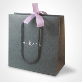 La bolsa de regalo de la colección de joyas infantiles de MIKADO.