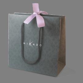 Bolsa de regalo de la colección de joyería infantil MIKADO.