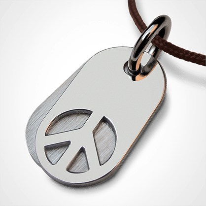 WOODSTOCK pendant in 750 white gold by the jewellery collection for children MIKADO.