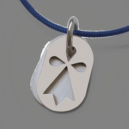 Médaille de baptême ERMINI en argent 925 millièmes et cordon bleu jean de la collection de bijoux pour enfants MIKADO.