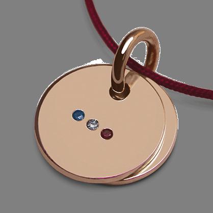 Pendentif de naissance HOMELAND en or rose 750 millièmes et cordon cerise de la collection de bijoux pour enfants MIKADO.