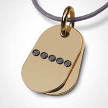 Pendentif RAMBO en or jaune 750 millièmes et diamants noirs de la collection de bijoux pour enfants MIKADO.