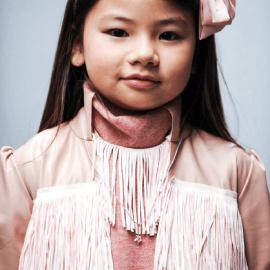 Colgante ABRACADABRA de la colección de joyería infantil MIKADO.