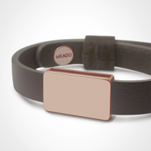 HIP HOP bracelet in 750 pink gold and chocolate leather strap by MIKADO jewellery collection for kids.