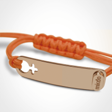 I AM A GIRL identity bracelet in 750 pink gold and mandarin chord by MIKADO the jewellery collection for children.