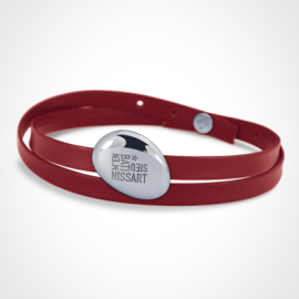 Bracelet galet extra large LA PLAIA en argent 925 sur bracelet cuir rouge avec gravure M'en bati Sieu Nissart.